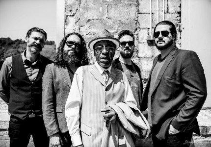 Amerikaanse blueslegende op Rockin' all Over Den Nul indoor