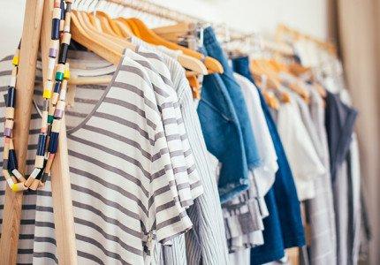 Wat is private labeling, en hoe maak je zelf een kledingcollectie?